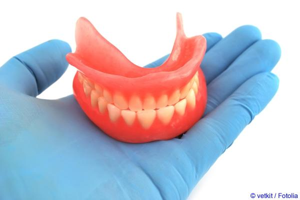 Removable dentures for patients