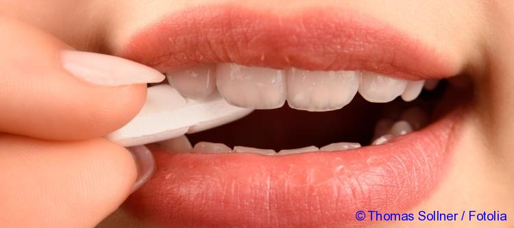 medicine against a toothache in people