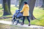 is walking with baby possible when it is teething