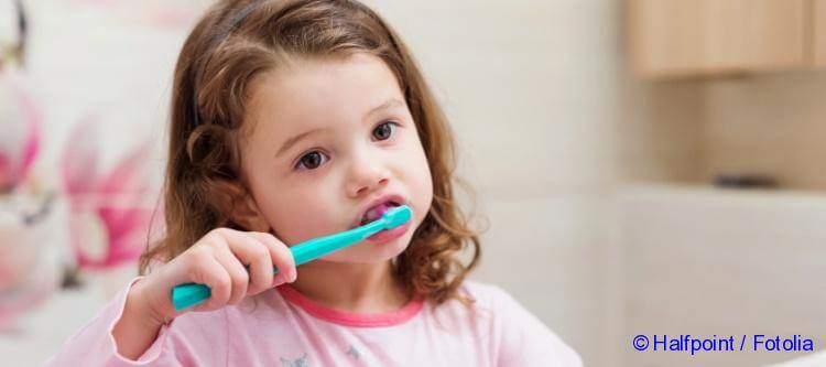 when to start brushing your baby s teeth